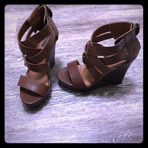 Charlotte Russe Krissy heels. Sz 7